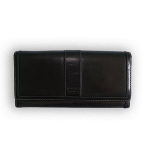 Coach Classy Woman's Black Leather Wallet